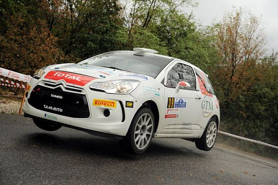 Alessandro Re terzo in classifica al Rally Mille Miglia