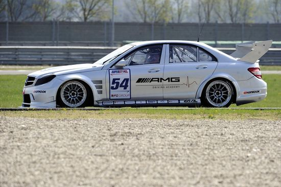 Max Mugelli  debutta con la Mercedes in Superstars Series a Monza