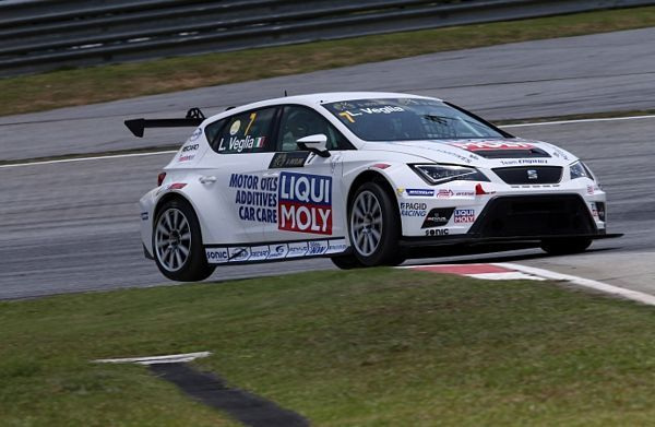 "Lorenzo Veglia in gara a Shanghai per la ""TCR international series"