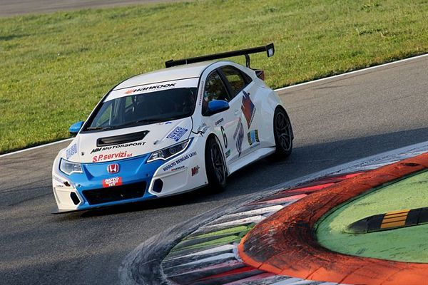 Aku Pellinen Honda Civic TCR MM Motorsport
