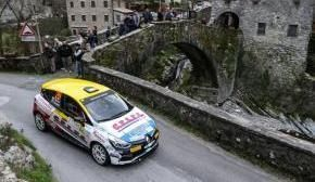 Renault Clio R3Ts ready for the challenge of Rallye Monte-Carlo