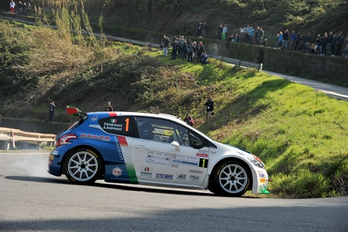 Rally del Ciocco Andreucci comanda la classifica