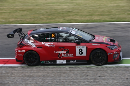 TCR Monza Libere 2 Nicola Baldan su Seat svetta in classifica