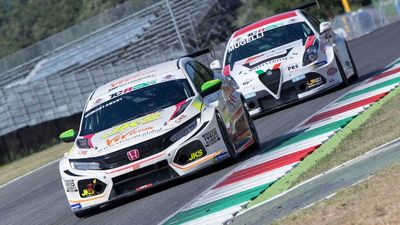 TCR Mugello MM Motorsport Davide Nardilli e Kevin Giacon